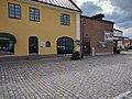 Restaurang Annebelle och Lagan Bio vid Hästtorget i Laholm.jpg