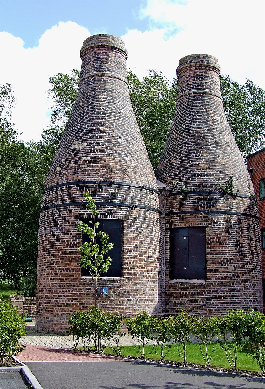 Restored bottle kilns, Stoke-on-Trent - geograph.org.uk - 1578523