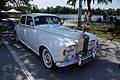 Rolls Royce Silver Cloud III 1965 RSideFront CECF 9April2011 (14620937533).jpg