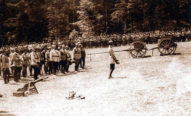 File:Romanian troops at Marasesti in 1917.jpg