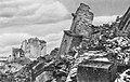 Ruiny katedry św. Jana w Warszawie 1945.jpg