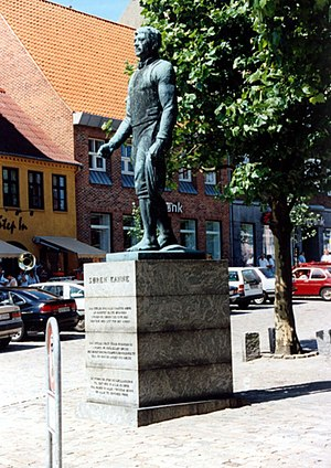Grenaa - Søren Kanne (1801-1860) was a Grenaa farmer who came to fame in the 1830s heroically rescuing a shipwrecked skipper by the help of his two horses, according to legend. Photo: Jakob Øhlenschlæger
