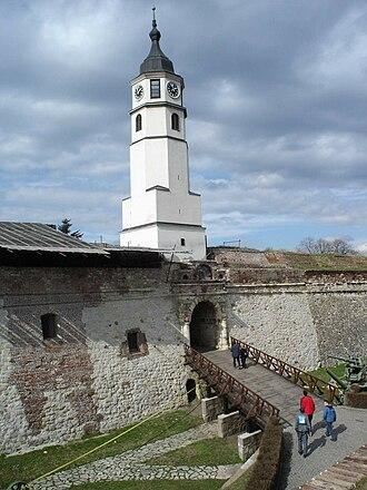 Gates of Belgrade - Image: Sahat kula i Sahat kapija, Kalemegdan, Beograd