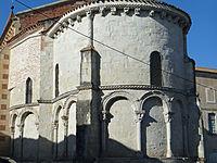 Sainte-Livrade-sur-Lot - Église Sainte-Livrade - Chevet -1.JPG