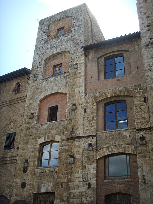 San gimignano piazza della cisterna 02 torre