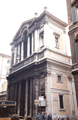 Santa Maria in Via Lata01.jpg