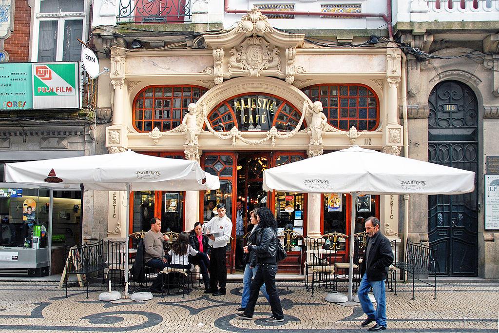 Café Majestic dans le quartier de Baixa à Porto - Photo de António Amen