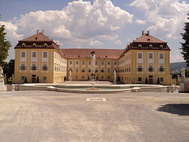 Schloss Hof castle from West.JPG