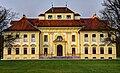 Schlosspark Oberschleißheim, Jagdschloss Lustheim, Ostfassade (8679676227).jpg