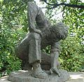 Sculpture 'The Gardener'-London Wall-London.jpg