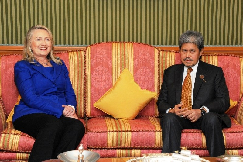 Secretary Clinton Meets With Brunei%27s Foreign Minister Prince Mohamed Bolkiah (7949315948)