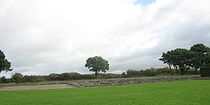 Caer - Image: Segontium from the A4085 geograph.org.uk 267505