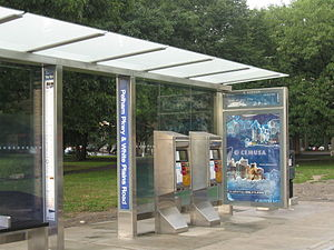 Proof-of-payment - Image: Select Bus Service bus shelter