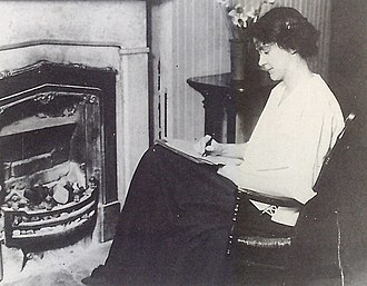 Susan Glaspell - Glaspell at her 12th street home in Davenport, circa 1913.