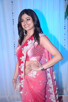 Shamita Shetty at Esha Deol's wedding reception, July 2012