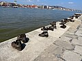 Shoes on the Danube Promenade, 2013 Budapest (402) (13227354545).jpg