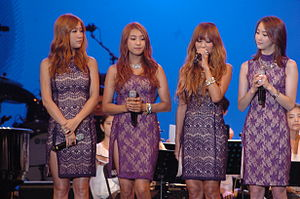 Sistar at the 2012 Arirang Festival (3).jpg