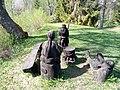 Skulptuurigrupp Kassinurme mägedes1.jpg