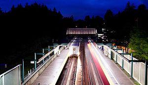 Edmonds station (SkyTrain) - Image: Skytrain edmonds