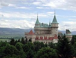 Slovakia Bojnice Castle 2004 hires.jpg