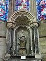 Soissons (02), cathédrale, chapelle rayonnante nord-est, autel et retable de saint Pierre 2.jpg