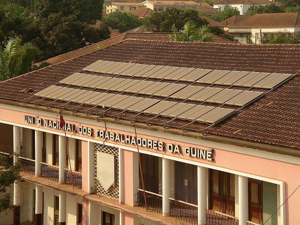 Solar panels (482989866)
