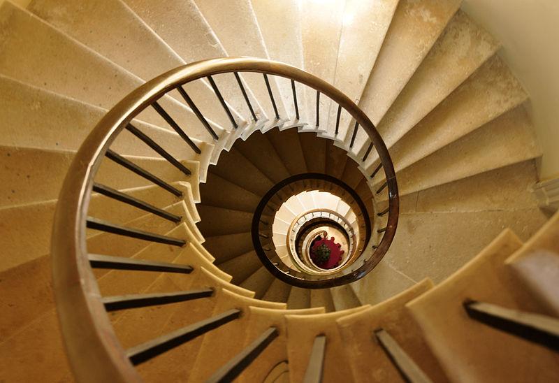File:Spiral staircase in Haldon Belvedere.jpg