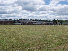 Springfield High School (Lakemore, Ohio) 2016 06.jpg