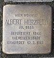 Stolperstein Albert Herzfeld, Düsseldorf, Feldstraße 37.jpg