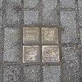 Stolpersteine Issum Kapellener Straße 5.jpg