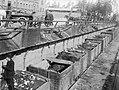 Strejkbrytare, studenter arbetar frivilligt vid sopstation 1905.jpg