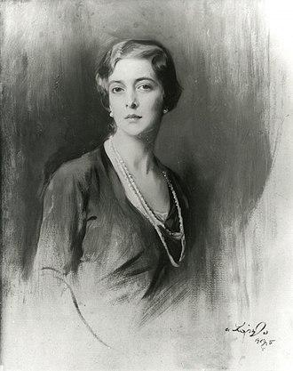 Princess Theodora of Greece and Denmark (1906–1969) - Image: Study portrait of Princess Theodora of Greece and Denmark, later Margravine of Baden