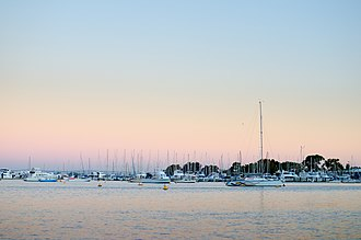 Matilda Bay - Image: Sunset at Matilda Bay