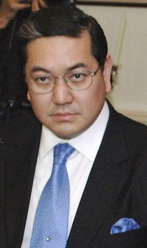 Surakiart Sathirathai - Surakiart in 2005.