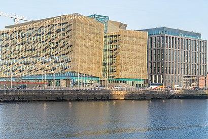 Come arrivare a Central Bank Of Ireland con i mezzi pubblici - Informazioni sul luogo