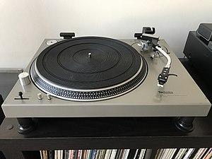 Technics SL-1200 - The original SL-1200 from 1972