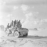 The British Army in North Africa 1942 E19084.jpg
