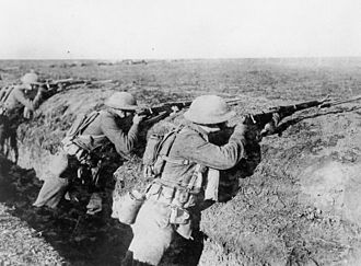 M1903 Springfield - US Marines with M1903 rifles and bayonets in France (1918)