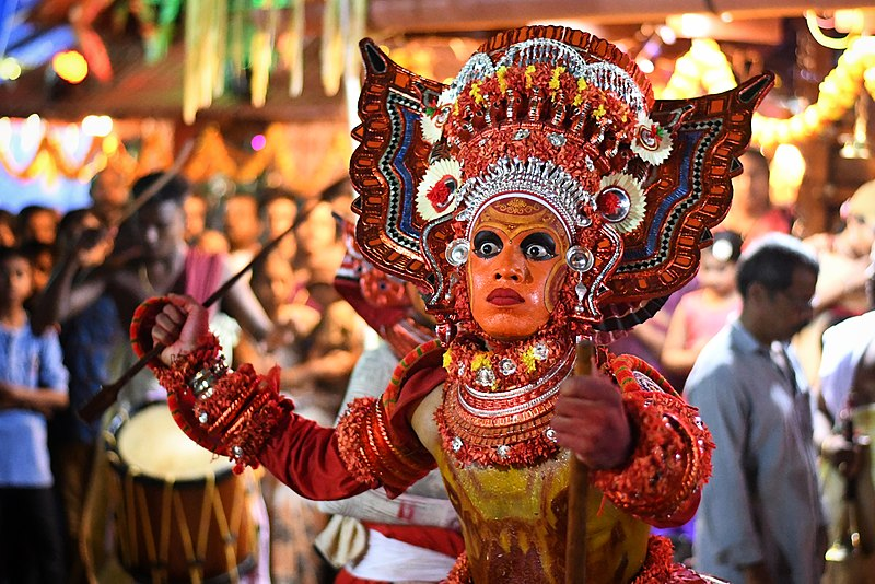 File:Theyyam of Kerala 3.jpg