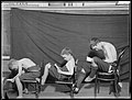 Title- Bad postures (19264389759).jpg