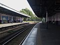 Tooting station look east2.JPG