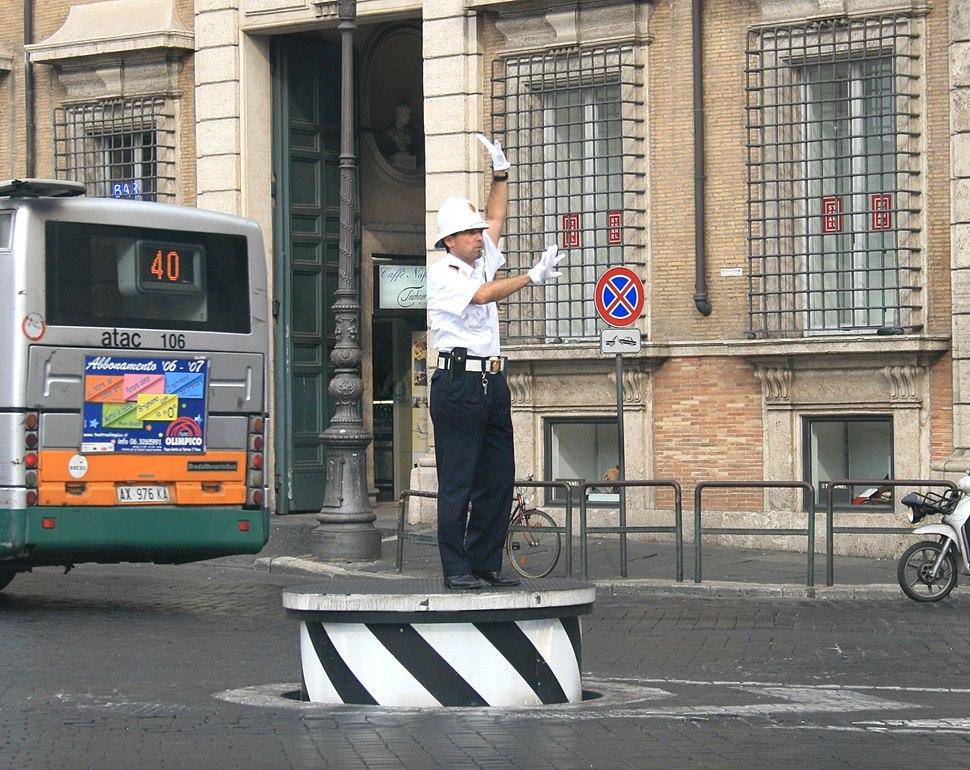 Traffic-control-Roma