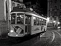 Tram 28 at night (Lissabon 2016) (26226742795).jpg