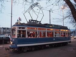 Tram Zuerich VBZ Elefant 1330 seite.JPG