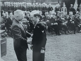George Edward Wahlen - Wahlen receiving the Medal of Honor from President Harry S. Truman