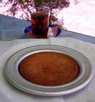Kanafeh - Turkish künefe and Turkish tea
