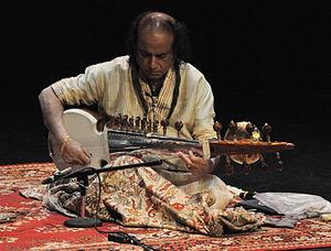 Aashish Khan - Image: Ustad Aashish Khan 12
