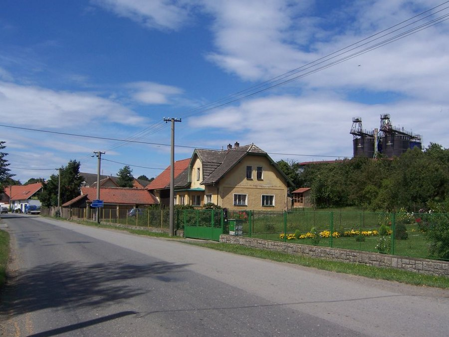 Všestary (Prague-East District)