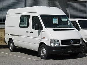Volkswagen LT - Image: VW LT35 2.5Tdi 2002