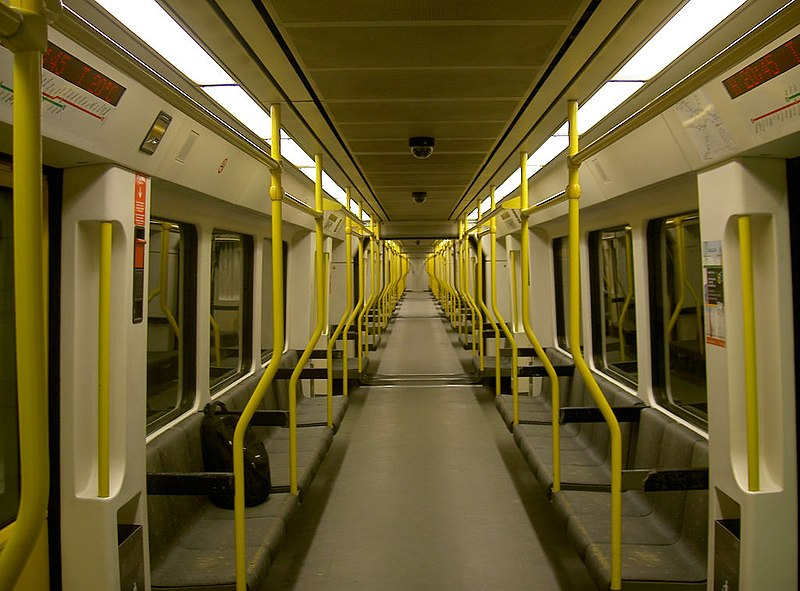 Como andar de metrô em Valência